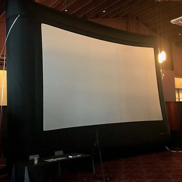 Giant Screen Gaming